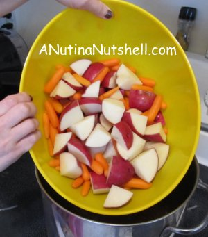 how to cut cabbage wedges for corned beef