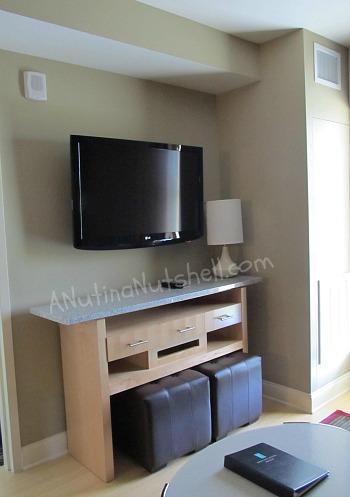 Embassy-Suites-RDU-living-room-TV