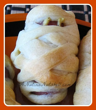 mummy-dogs-Halloween-party-food