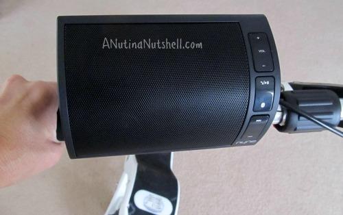 Nyne-NB200-speaker-on-handlebars