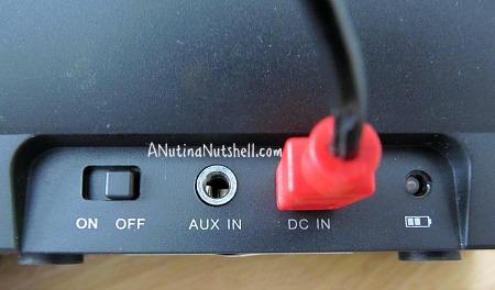 Nyne-portable-speaker-rear