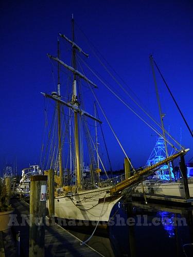 Beaufort-waterfront-sailing-ship