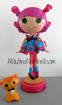 Lalaloopsy-Silly-Hair-Star-Harmony-B-Sharp-doll