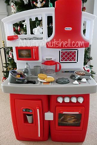 Little-Tikes-Cook-n-Grow-Kitchen-preschool-stage