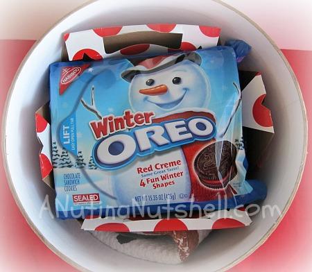 OREO-winter-kit-play-up-dessert