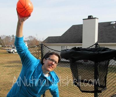 trampoline-basketball-dunk