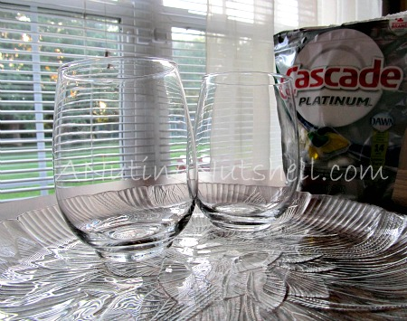 Cascade Platinum clean dishes