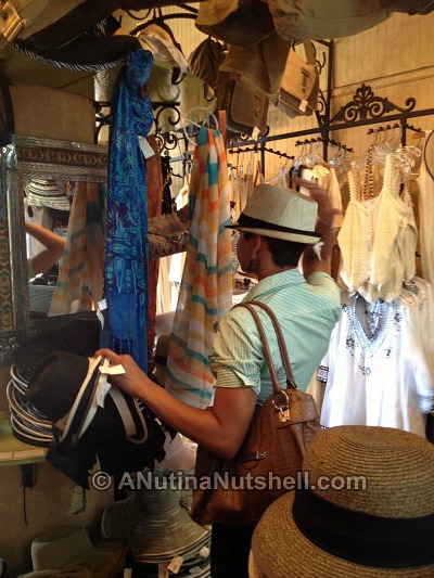 DD-shopping for hat in French Market