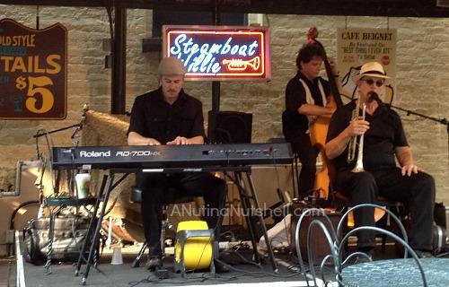 Steamboat Willie - Cafe Beignet - New Orleans