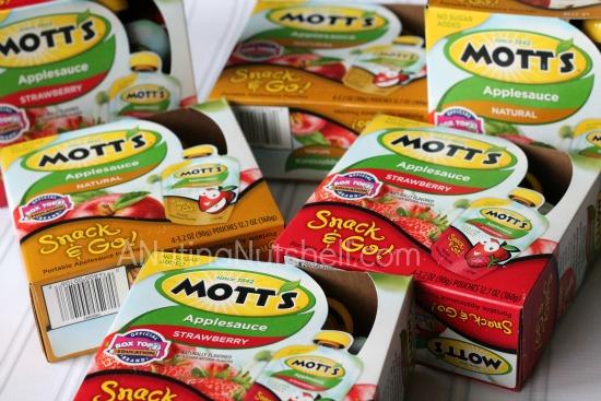 Mott's Snack & Go pouches