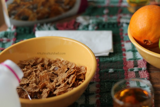 Kellogg's raisin bran breakfast