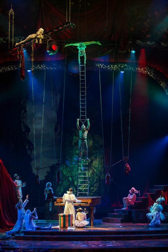Zarkana Las Vegas Ladders_104_Matt Beard