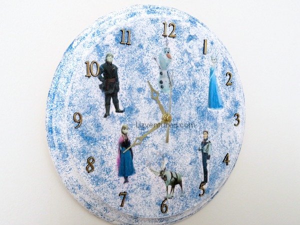 how to make a Frozen clock tutorial