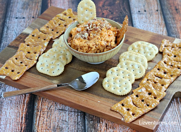 ways to serve nuts - nut and cheese dip
