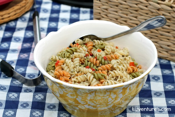What to serve with cold pasta salad 5 tasty summer ideas for Cold pasta salad ideas