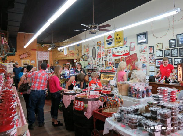 old fashioned candy shop - Mount Airy - Mayberry NC