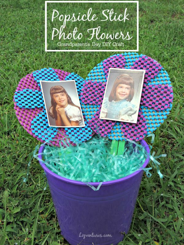 Popsicle Stick Photo Flowers - Grandparents Day DIY Craft