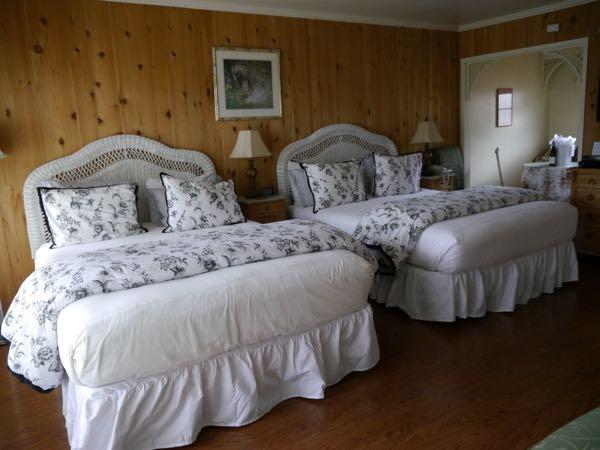 Carmel Garden Inn room