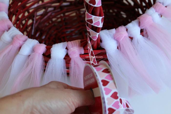 wind ribbon around basket handle