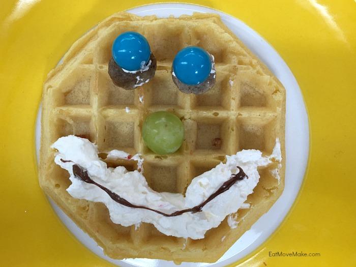 Eggo emoji - Eggoji (mouthwatering)
