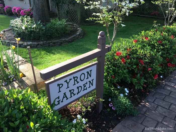 Pyron Garden - Tyler Texas Azalea Trail