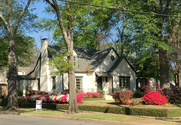 Marvelous Azalea Trail Tyler Tx Historic Homes Bursting With Blooms Download Free Architecture Designs Sospemadebymaigaardcom