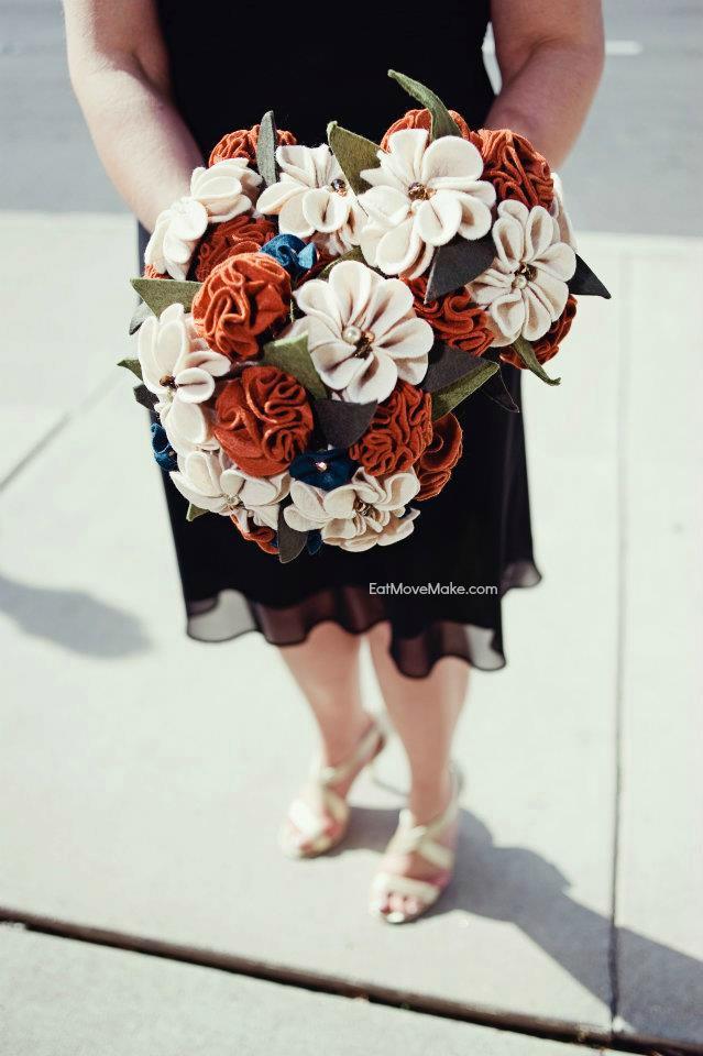 DIY wedding bouquet felt flowers