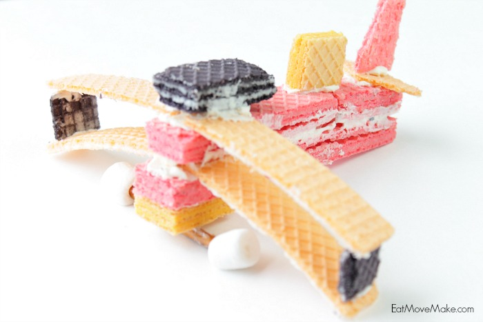 Wafer cookie biplane