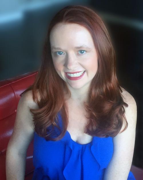 Author Hollie Overton photo