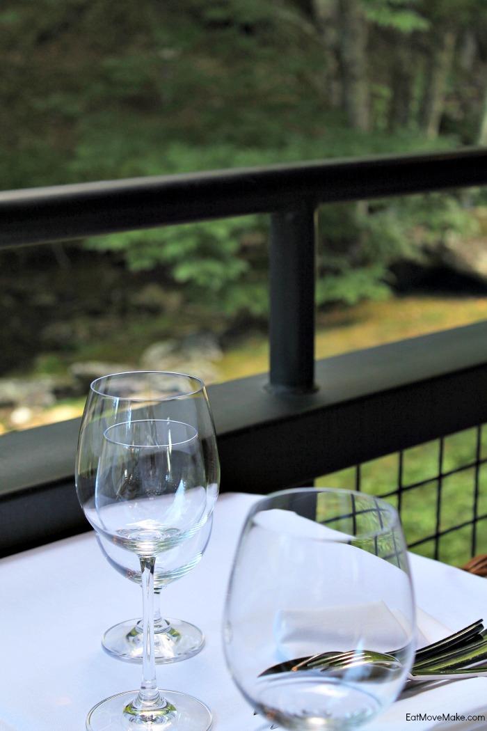outdoor dining - Artisanal restaurant Banner Elk NC