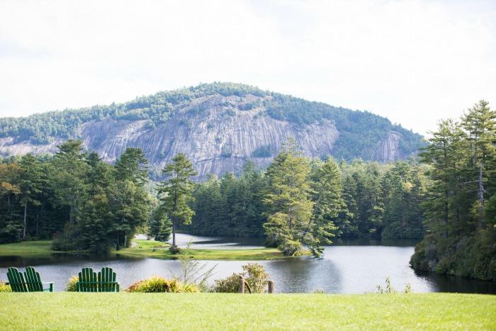 high-hampton-inn-rock-mountain-and-chimney-top