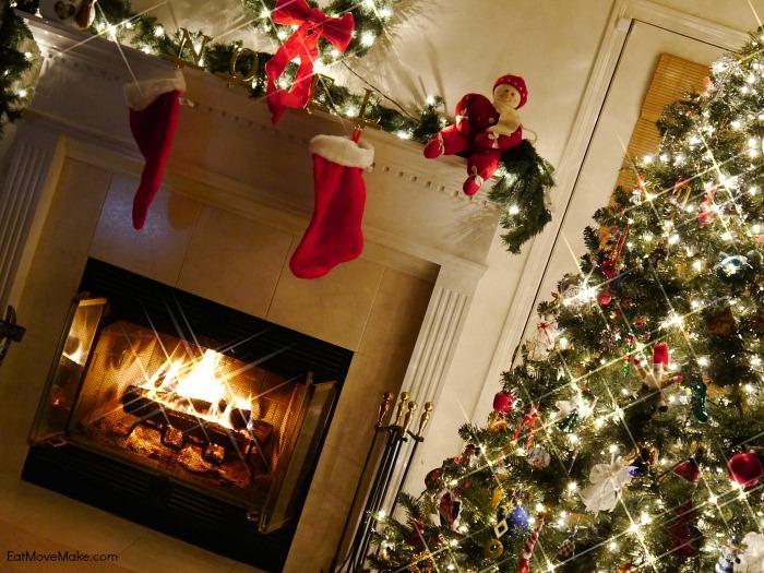 christmas-tree-fireplace