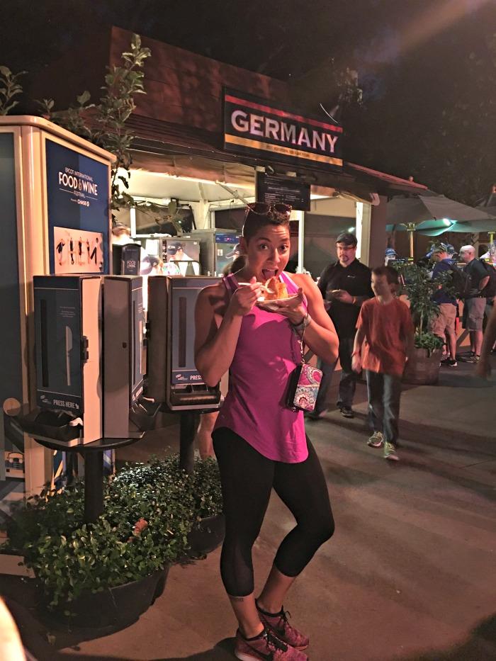 f738df1430da2 I Do Not Regret Wearing Leggings to Disney World - Eat Move Make