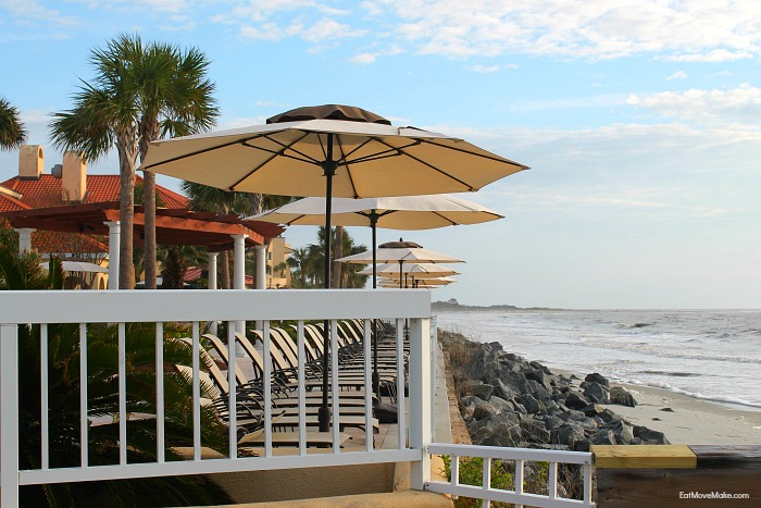 beach-chairs-and-umbrella-st-simons-island-king-and-prince-resort