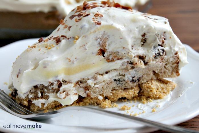 slice-of-muffin-bottom-pudding-pie