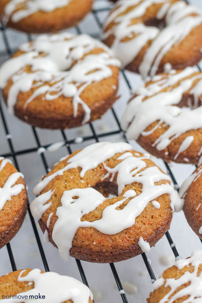 carrot cake donuts on cooling rack