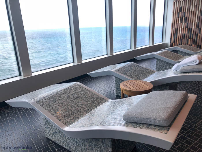 Relaxation Station Pool Lounge: What To Expect When Cruising On The Norwegian Bliss