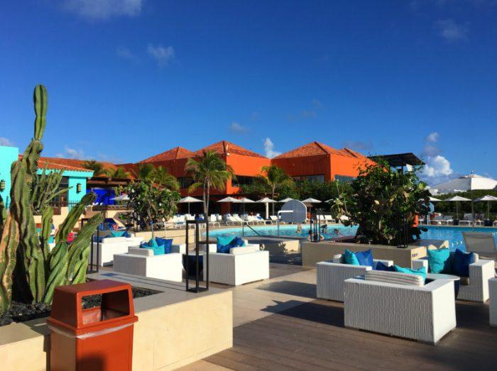 Olivia Cancun Club Med Cancun pool area