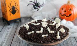 Graveyard Pie #HalloweenTreatsWeek