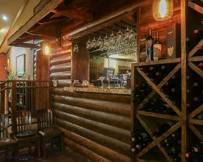 Cabin bar at Fred's Hickory Inn