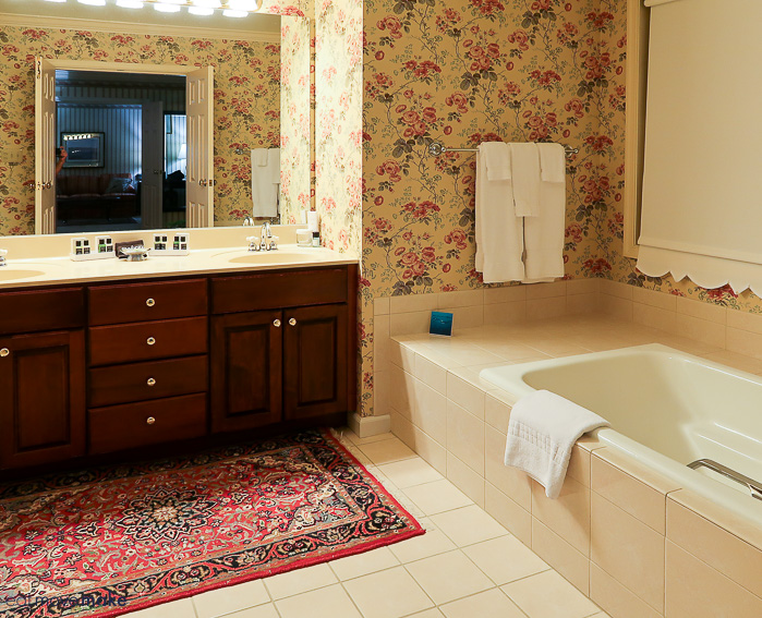 Carnegie Inn and Spa bathroom