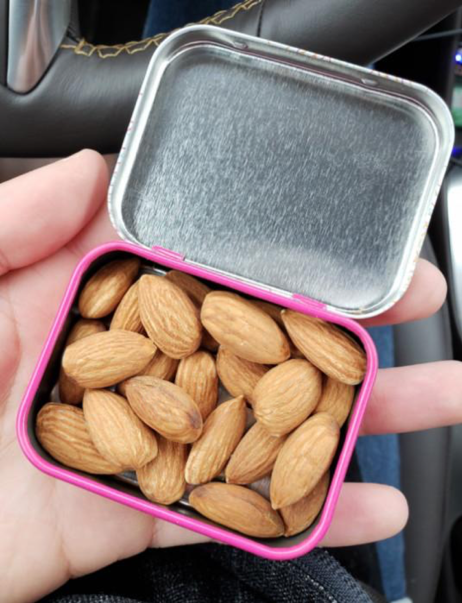 Perfect portion of almonds