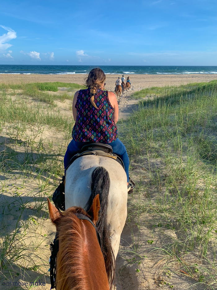horseback riding outer banks