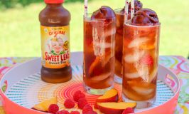 raspberry peach sweet tea spritzers recipe