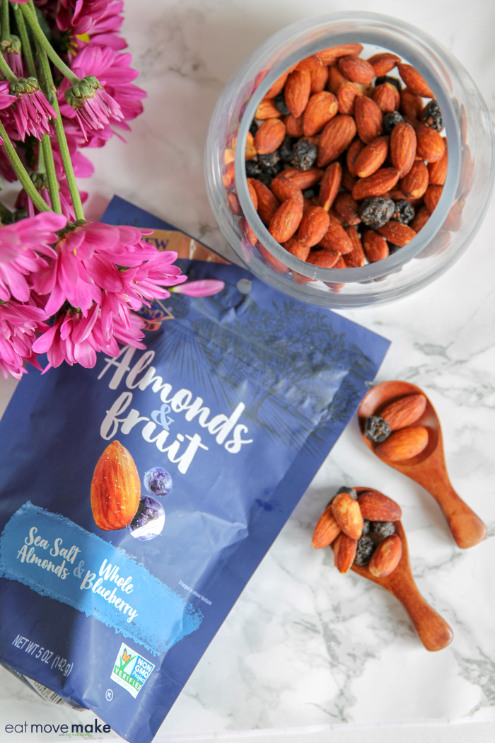 Almonds & Fruit Sea Salt & Whole Blueberry