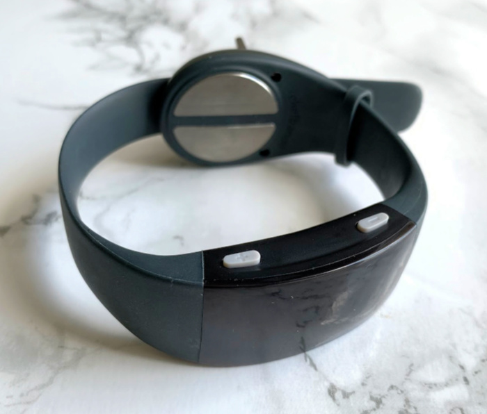 Reliefband 2.0 motion sickness wrist bands