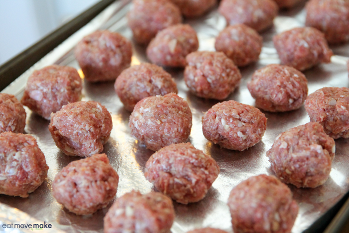 meatballs ready for baking